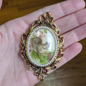 Vintage Squirrel Portrait Brooch